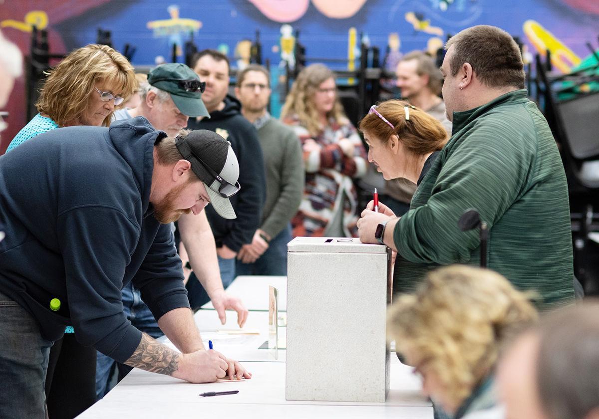 Duxbury Town Meeting Day 2020: Cast paper ballots