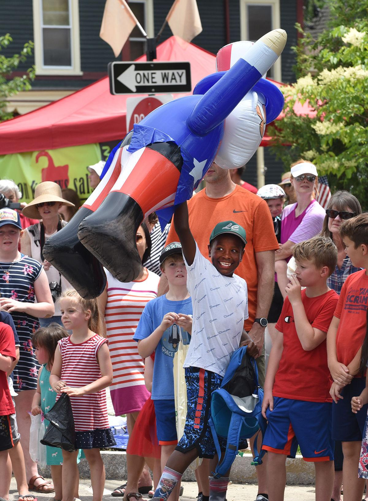 """Fourth of July parade: """"Uncle Sam"""""""