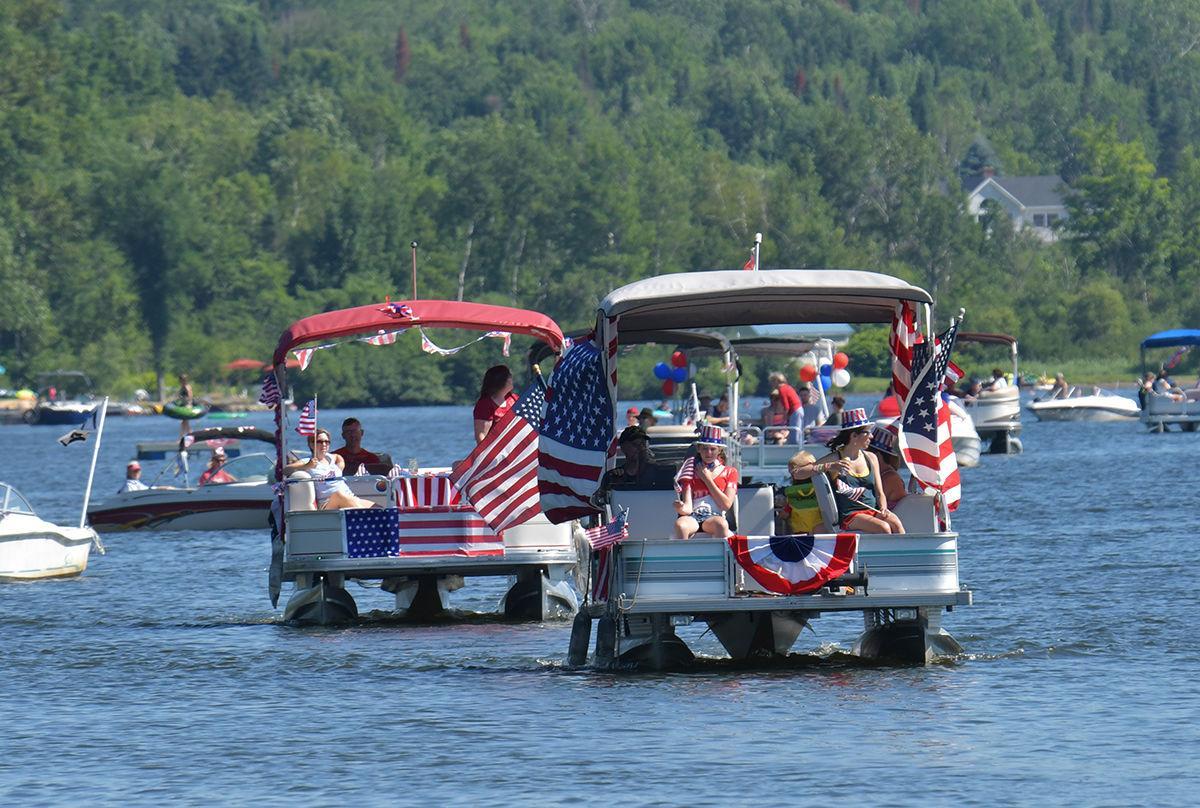 Elmore's boat parade