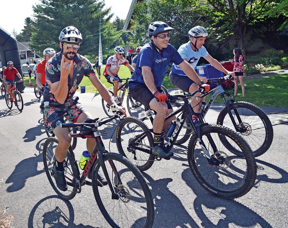 Race to the Top bikers