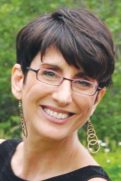 Carole Vasta Folley