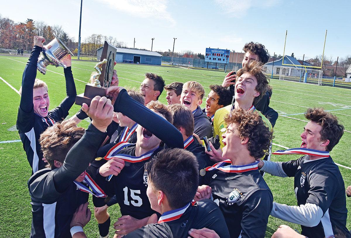 Stowe: Eighth-straight state title