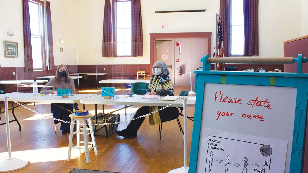 Hinesburg voters opt for town manager form of government
