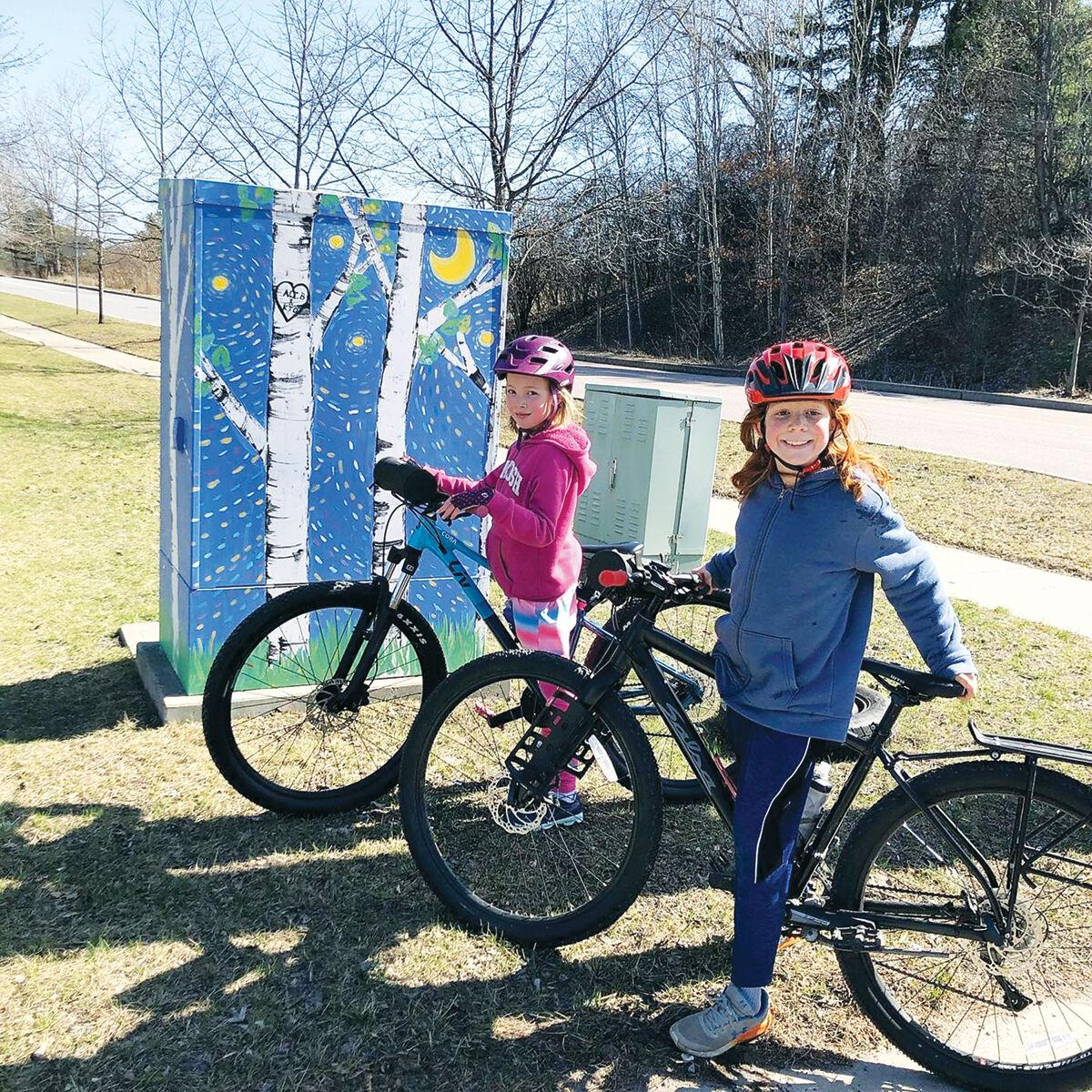 Cyclists search for public art