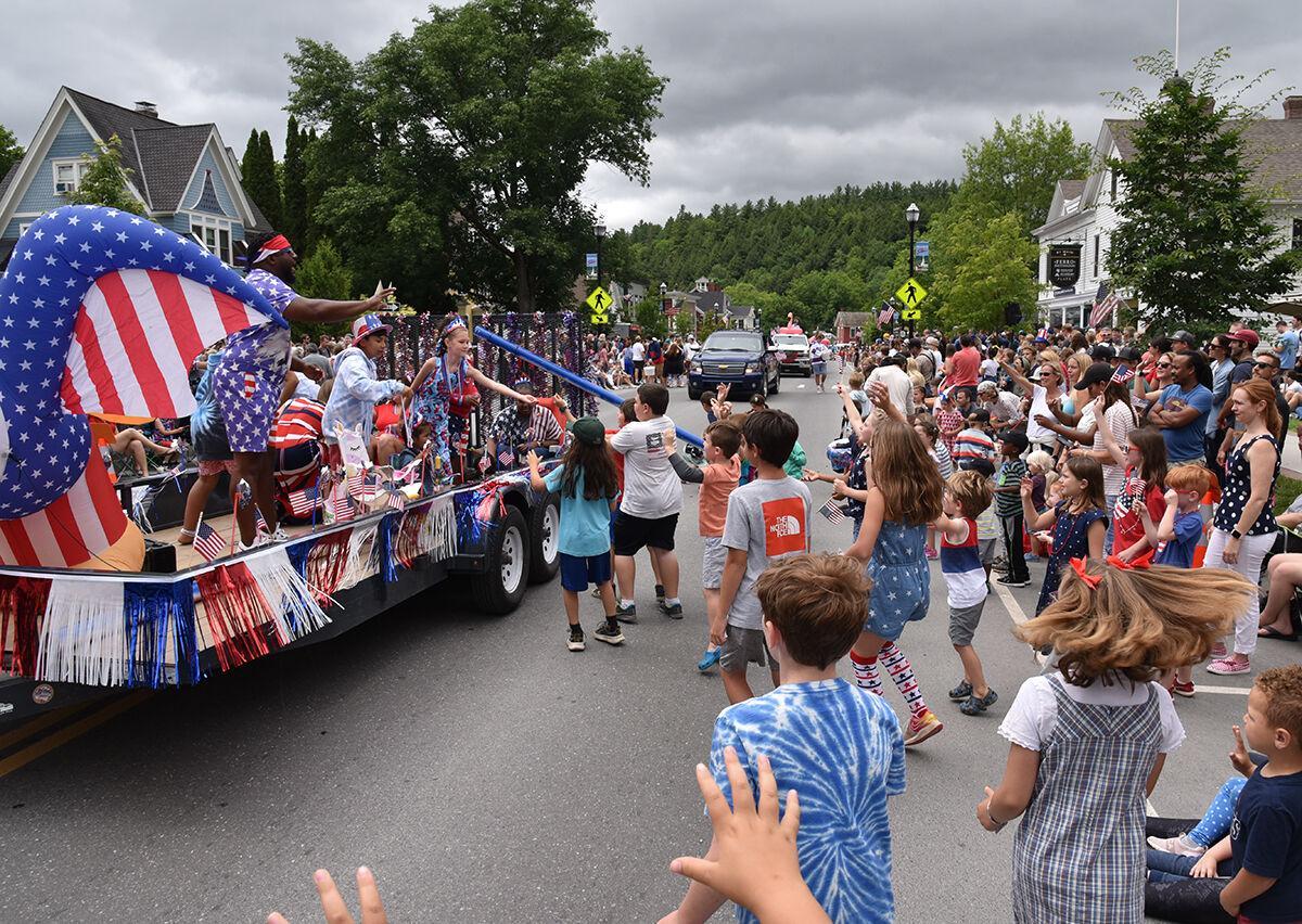 Stowe parade 2021