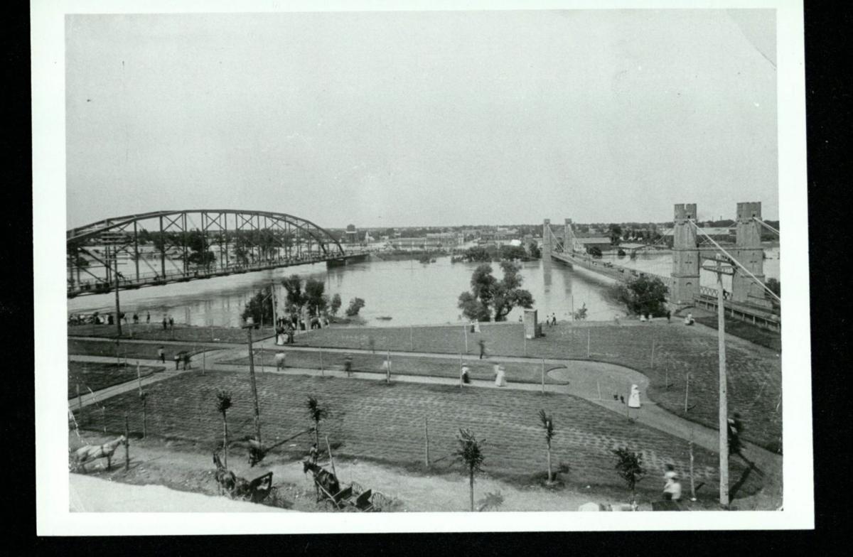 What About Waco historic view - bridges