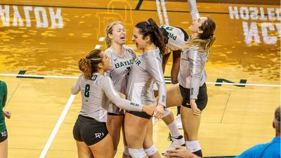 Baylor volleyball Hawaii (copy)