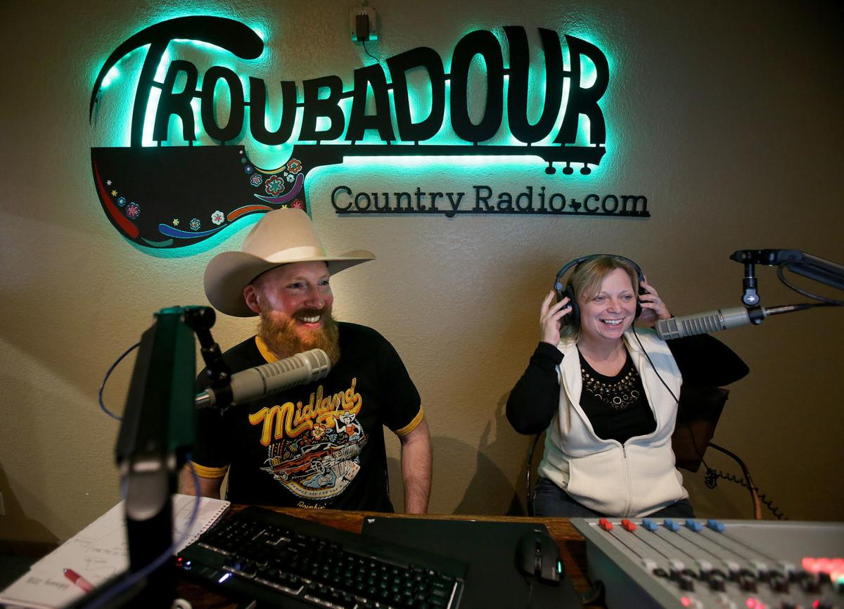 Troubadour Country Radio