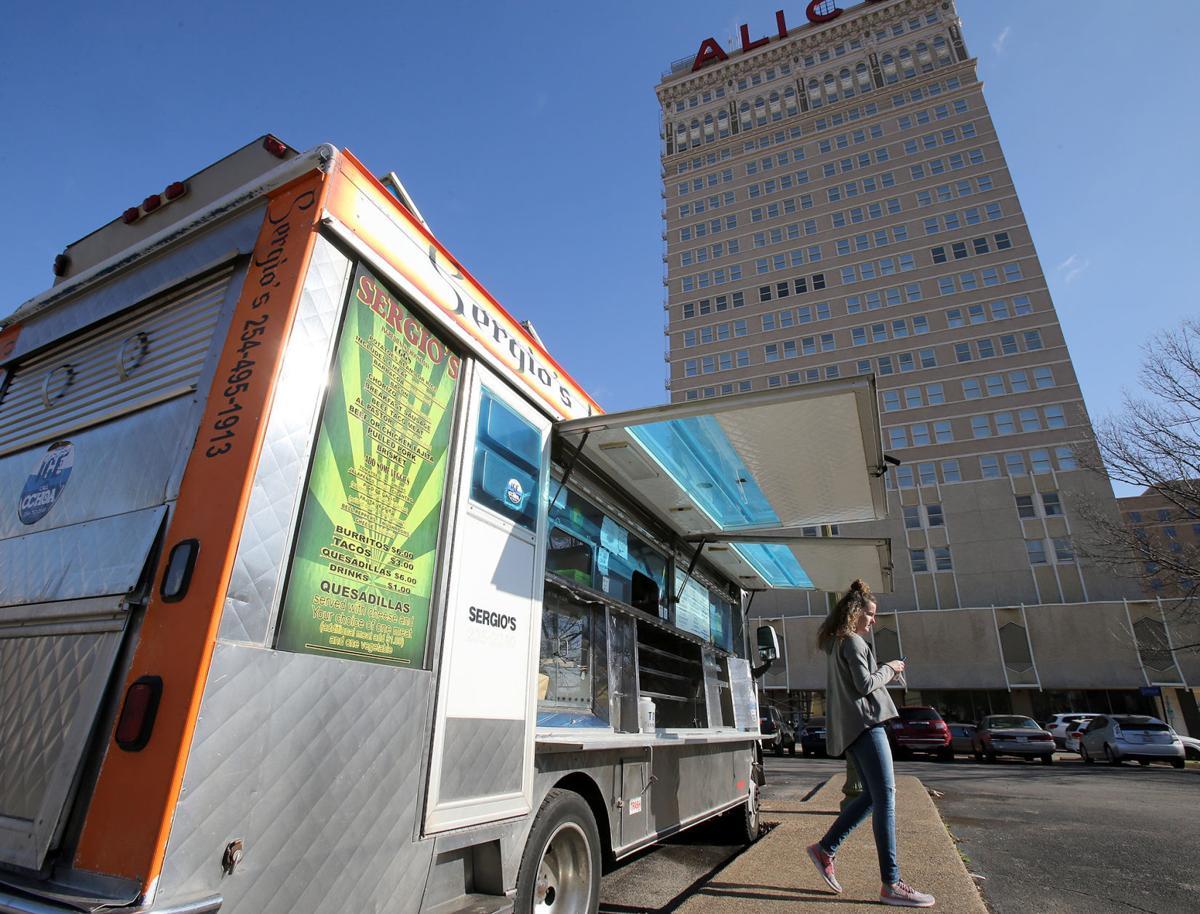 New Life In Downtown Waco Creates Sparks Between Restaurants Food Trucks Business News Wacotrib Com