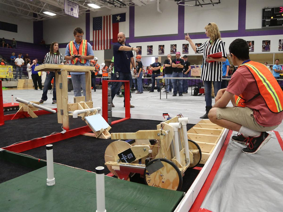 Waco loses 2 major robotics competitions after lack of sponsorship