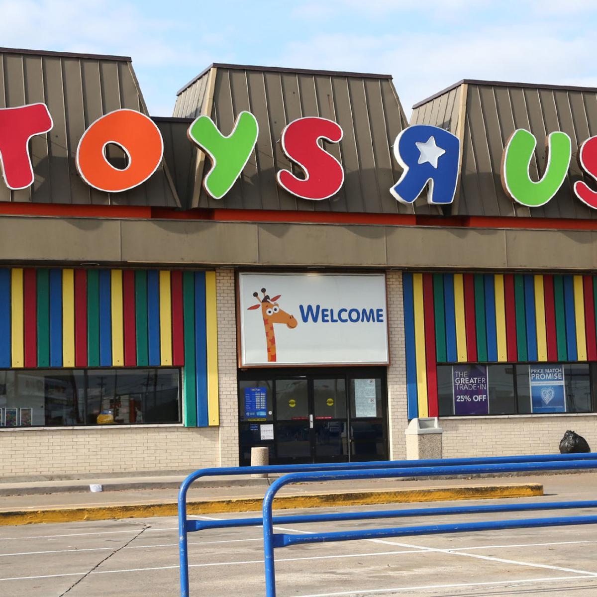 Walmart Gas Prices Near Me >> Mike Copeland Toys R Us Closures Walmart Bonuses Gas