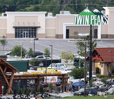 Twin Peaks shootout
