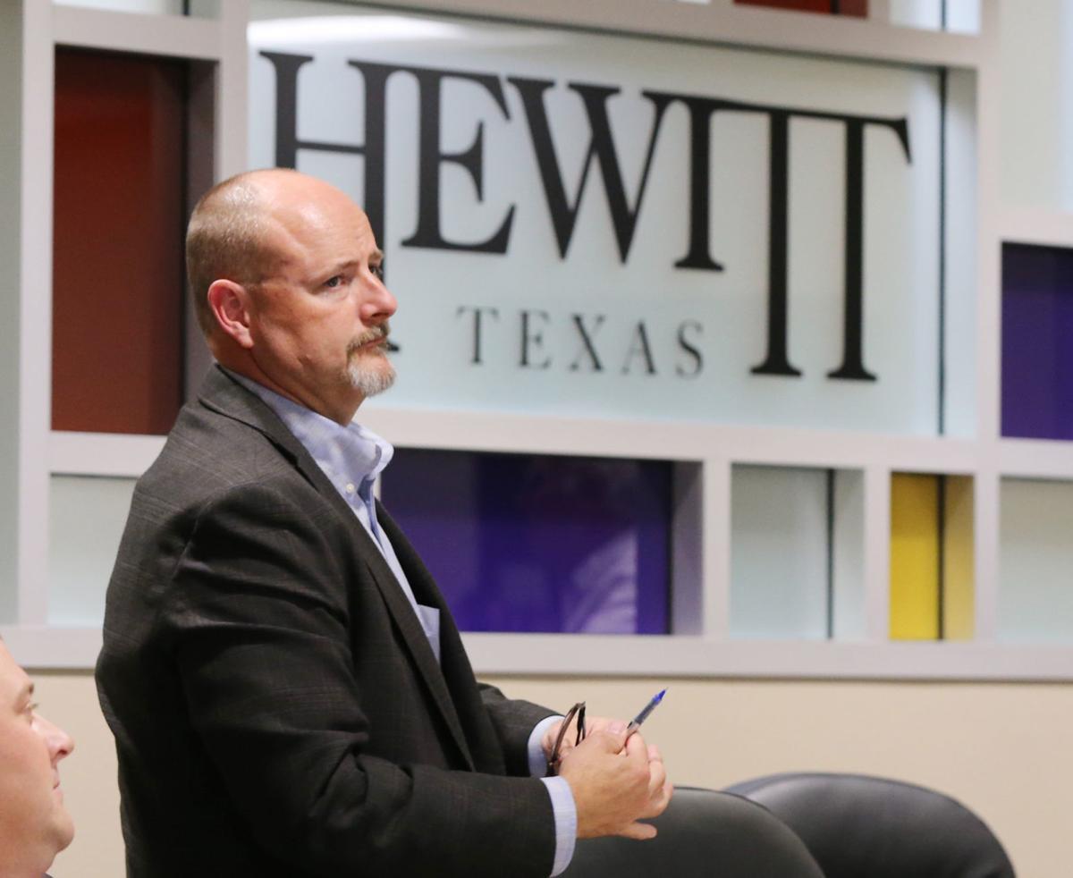 Hewitt City Council