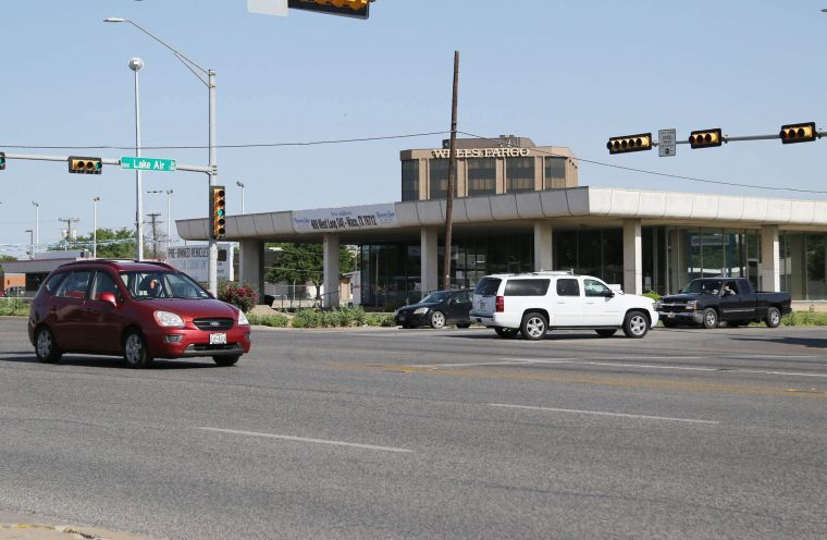 Former richard karr motors site may be new in n out for Richard karr motors waco texas
