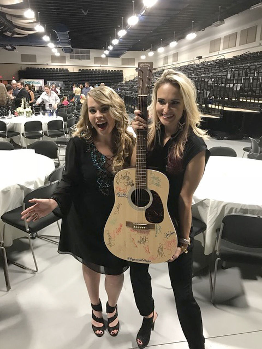 Holly Tucker and Bri Bagwell guitar