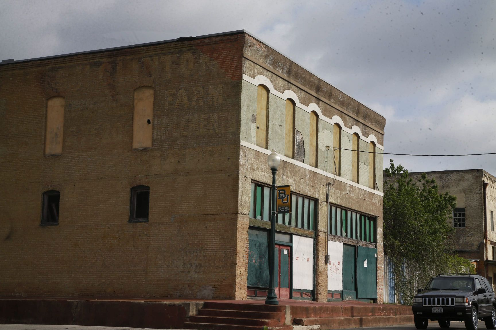 Slipping away: In search of Waco's most endangered historic