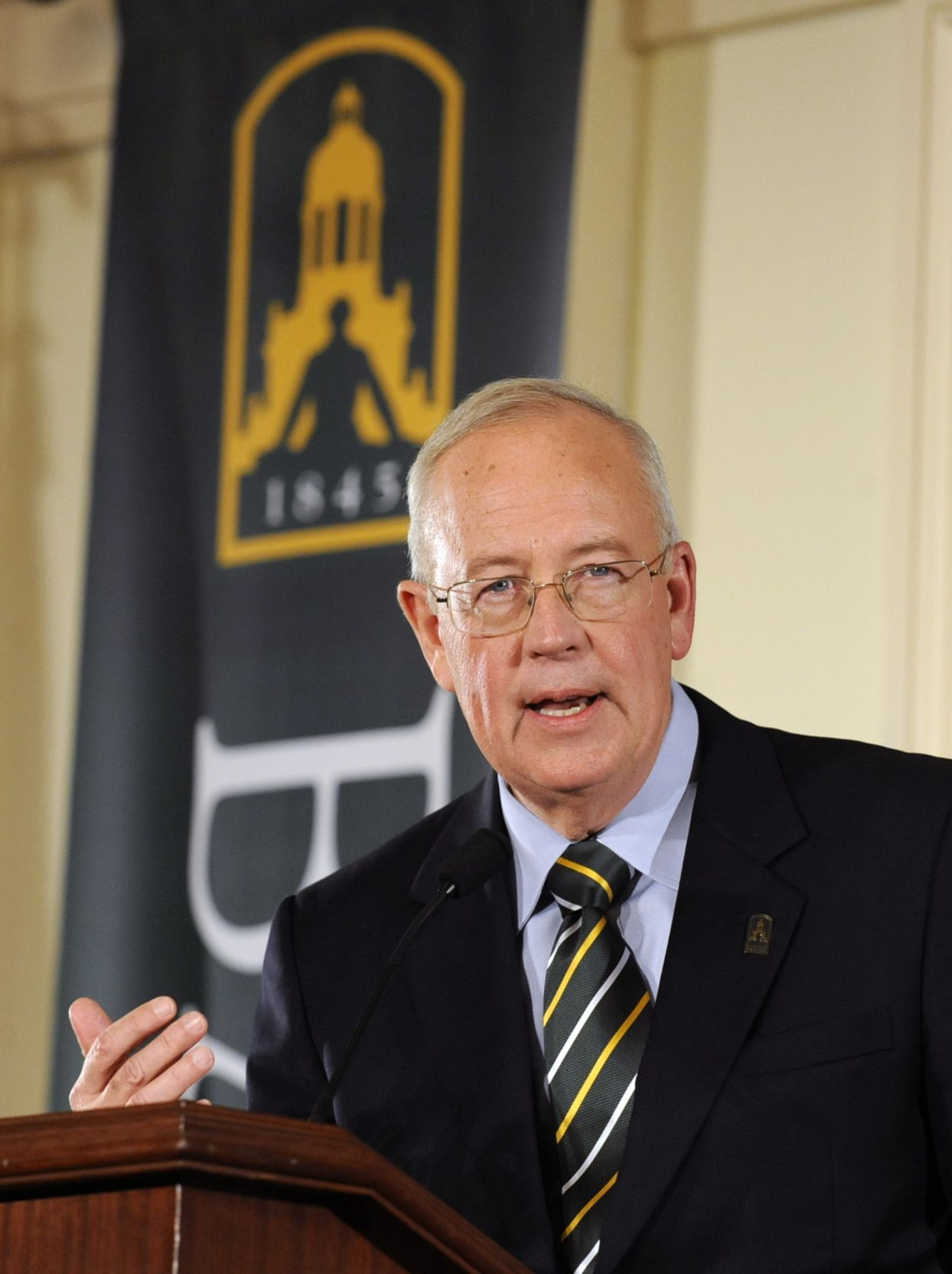 Ken Starr, guest columnist: Years of tension preceded presidential departure from Baylor University
