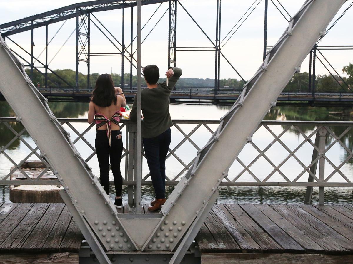 Suspenion bridge tortillas