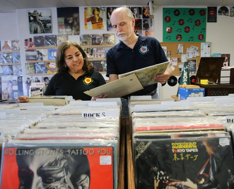 Waco couple spin musical connections at throwback vinyl record shop