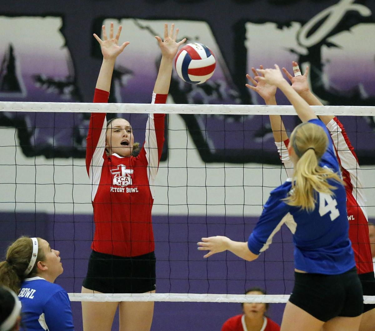 For Seniors One Last Spike At Victory Bowl Volleyball Game High School Sports Wacotrib Com