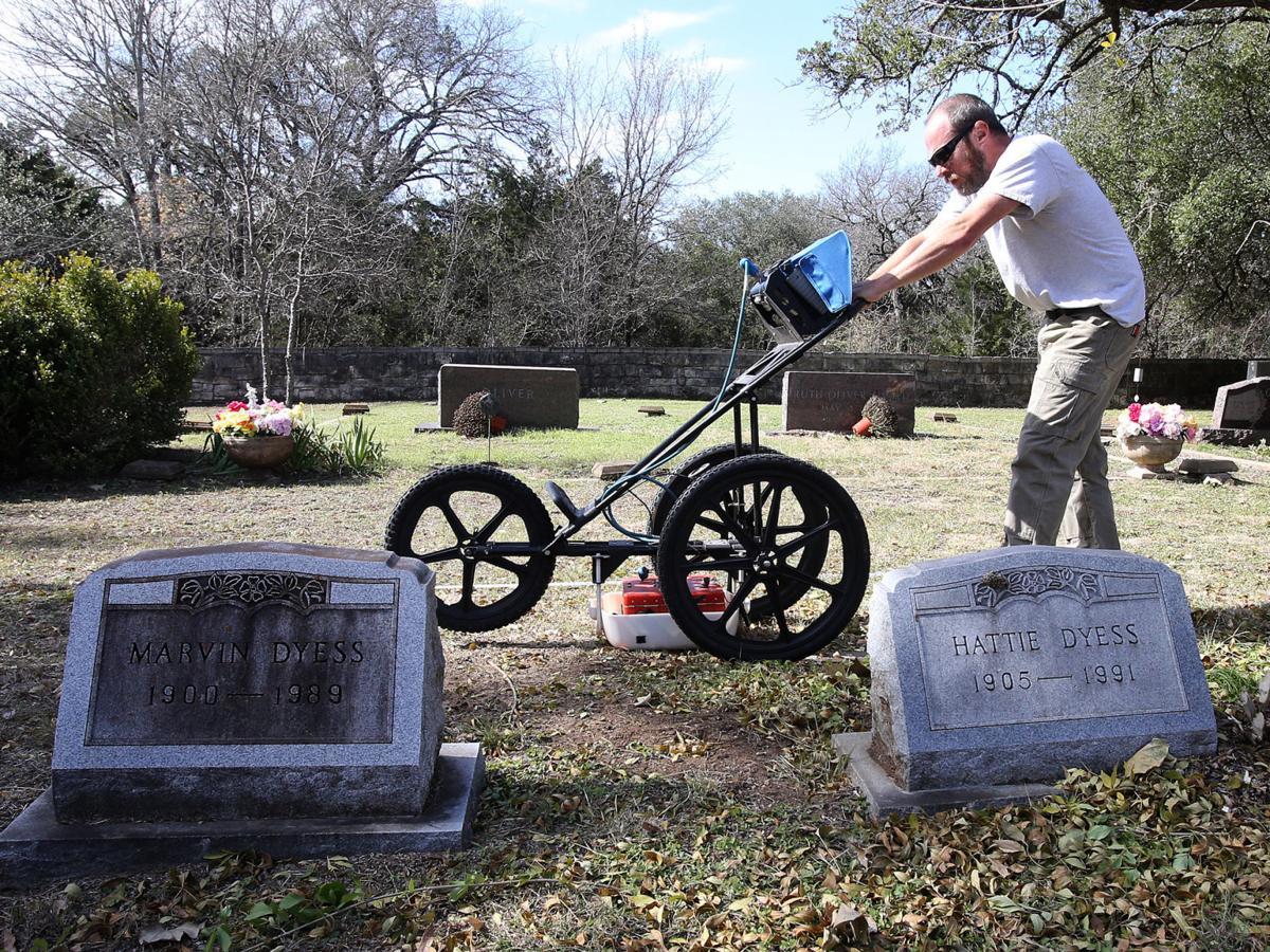 20181202_loc_evergreen_cemetery_jl6