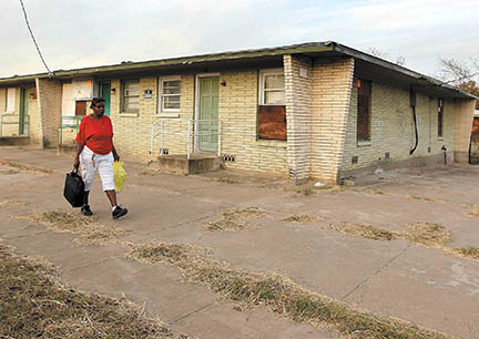 City sues for demolition of blighted N  Waco apartments