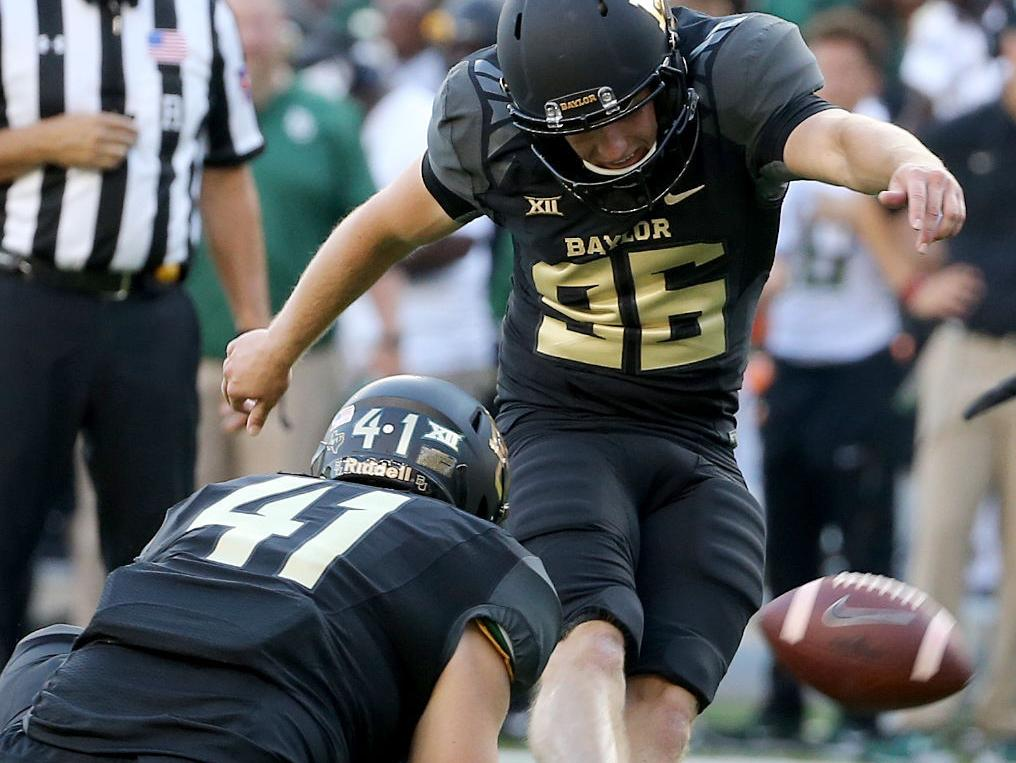 Walk-on Martin emerging as dual threat specialist for Bears