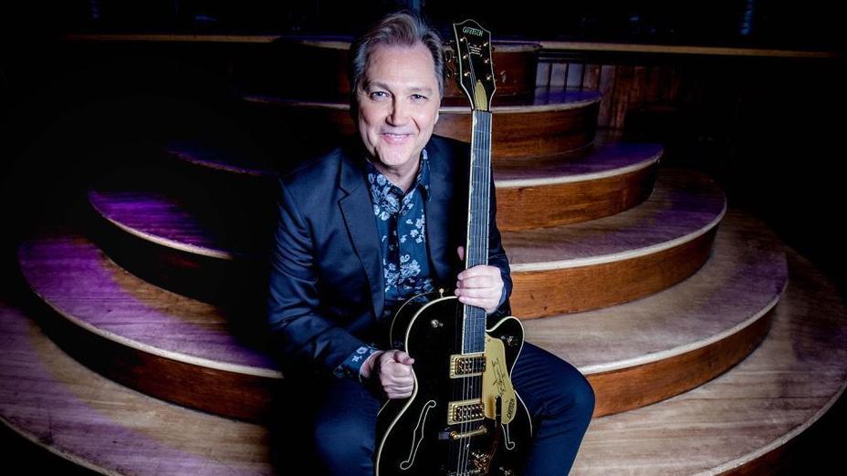 Guitar master Steve Wariner still playing fresh in return to Waco