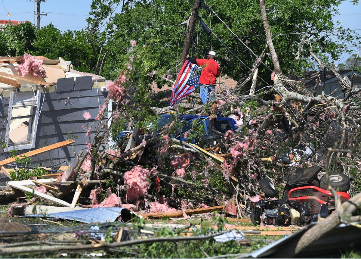 Franklin tornado destroys 55 homes