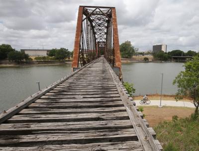Cotton Belt bridge (copy)