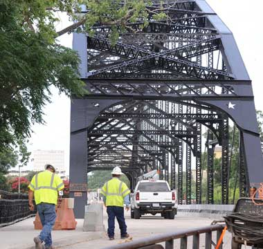 Washington Avenue bridge in downtown Waco expected to reopen soon