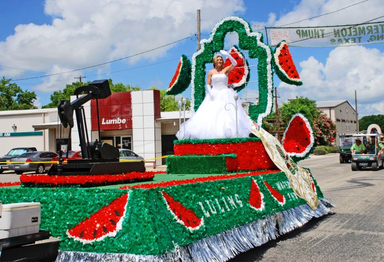 Texas travels: Annual Luling 'Thump' draws fans of the