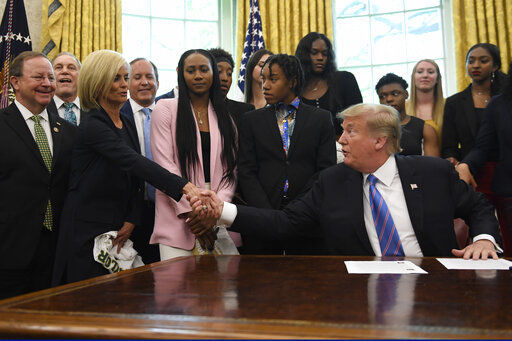 trump hosts winning baylor lady bears basketball team in oval office rh wacotrib com