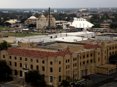 044 federal courthouse.jpg (copy) (copy)