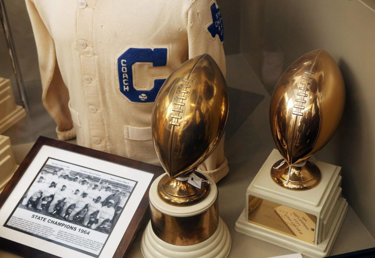 Moore trophy