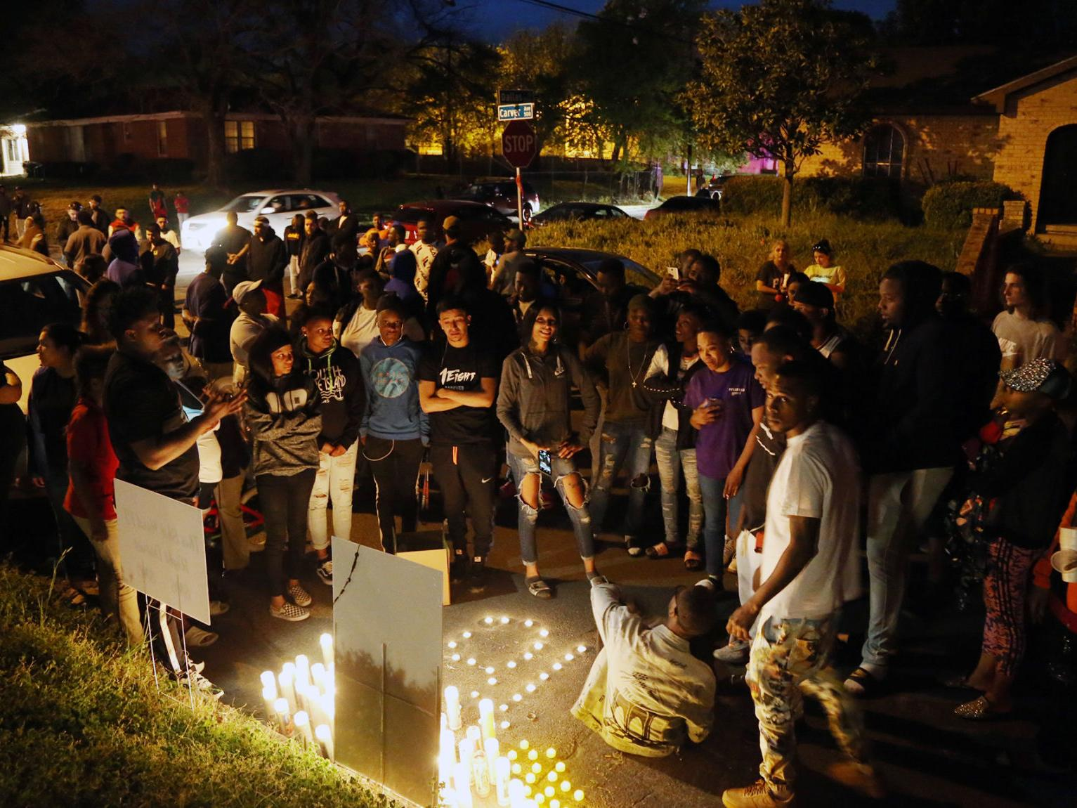 Waco Police Investigate More Homicides In 2019 Crime Wacotrib Com From above the vigil, the park was a sea of candlelight, with people spilling out to the fringes. waco police investigate more homicides
