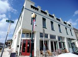 Screen Door Inn: A restored treasure in Clifton