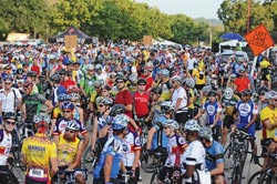Cyclists descend on Waco for Wild West bike ride