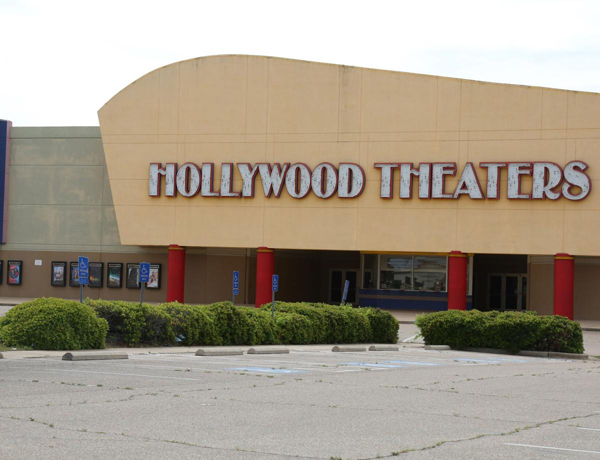 Regal Hollywood Theaters