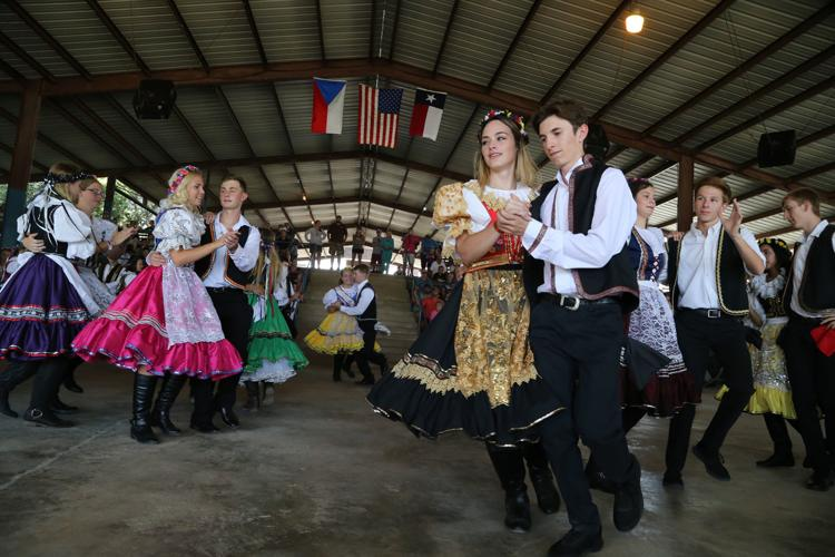 westfest dancers