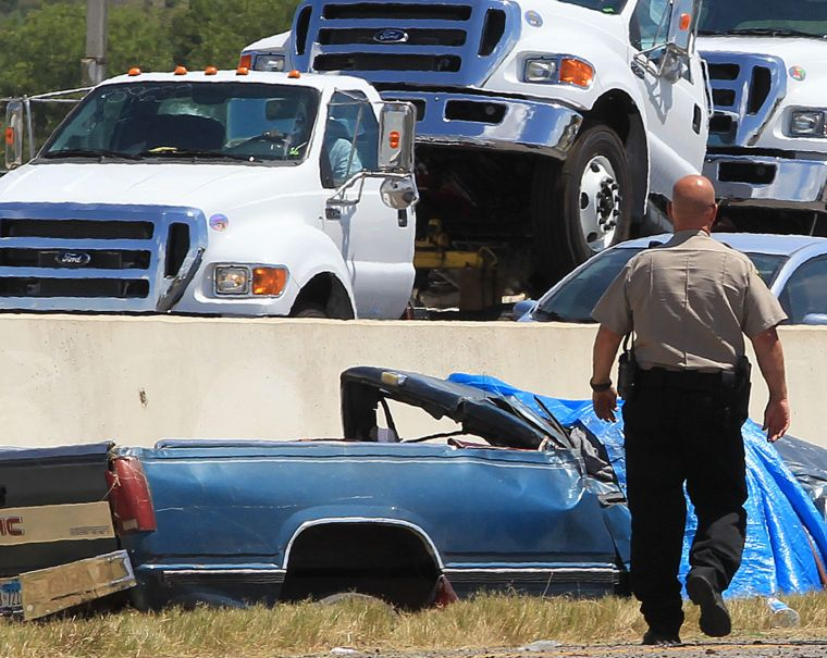 1 killed, 1 injured in I35 rollover wreck | Traffic | wacotrib com