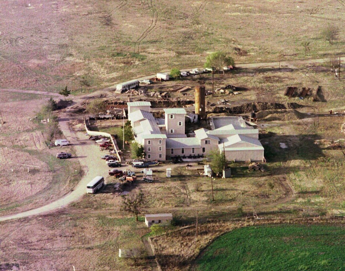 The sinful messiah a long troubled road led branch for Waco builders