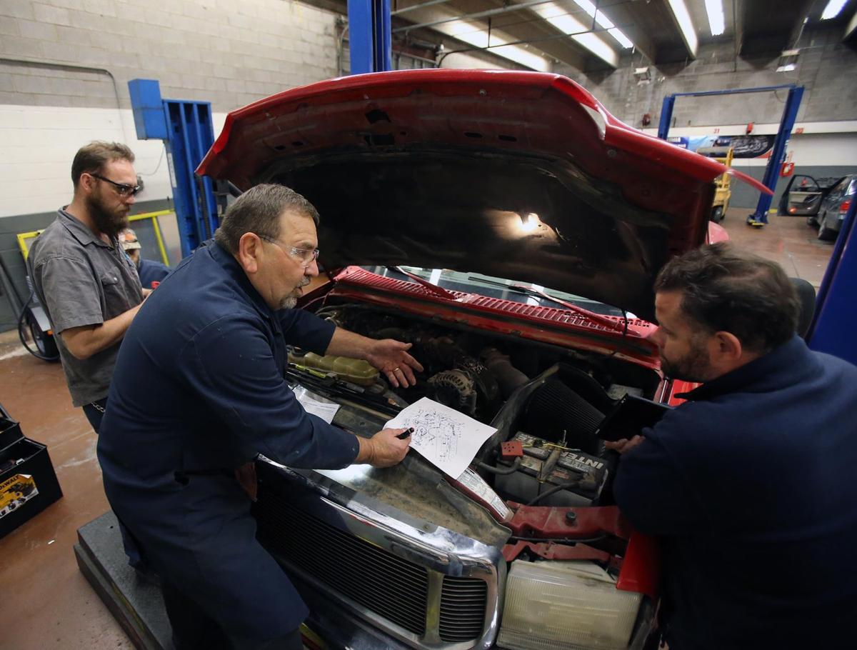 Campus Auto Repair Shop Gives Tstc Students Real World