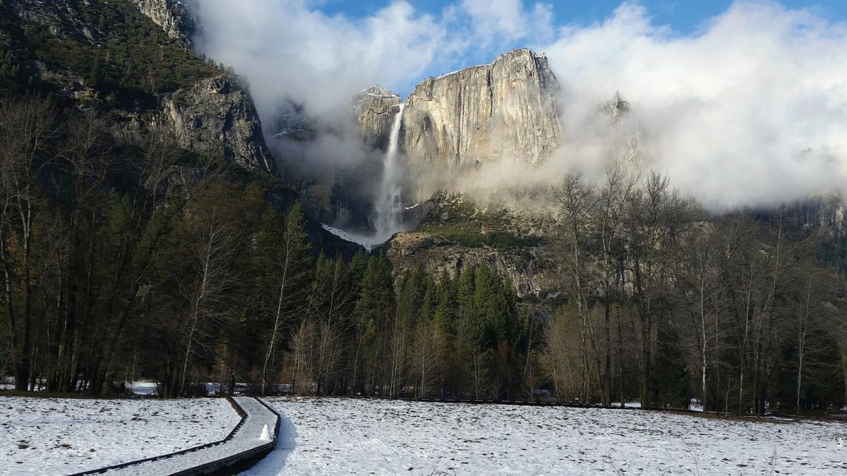 Travel Yosemite in Winter