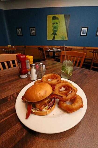 The Elite is still a Waco classic: Restaurant a popular stop on the traffic circle