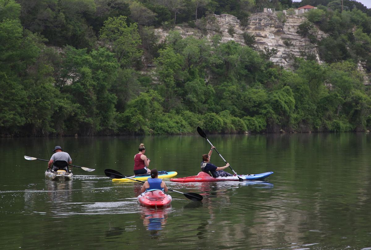 Kayakes