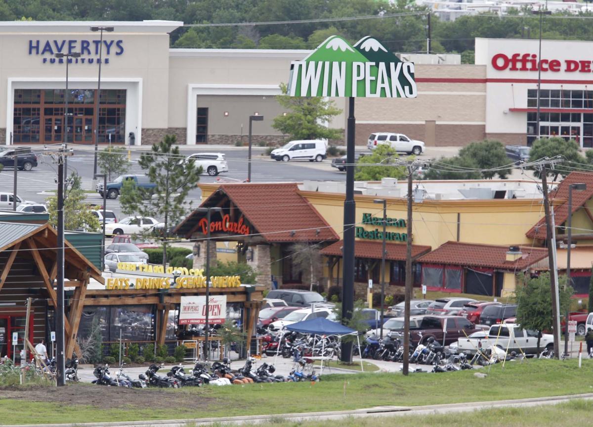 Twin Peaks (copy)