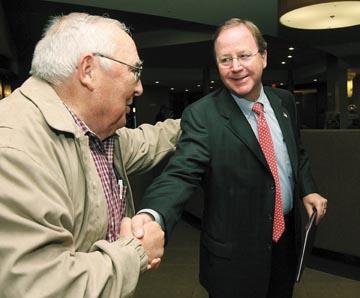 National organization touting Flores' Hispanic roots
