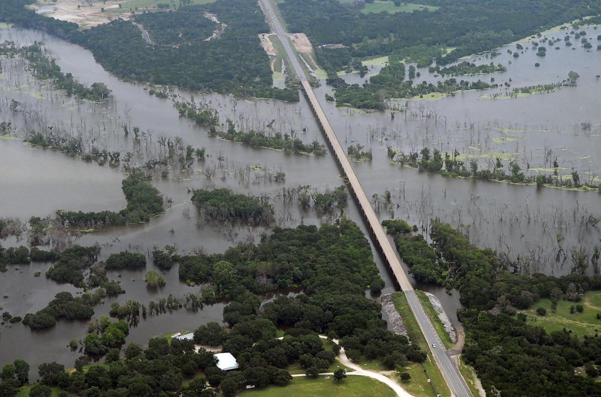 Lake Waco and dam
