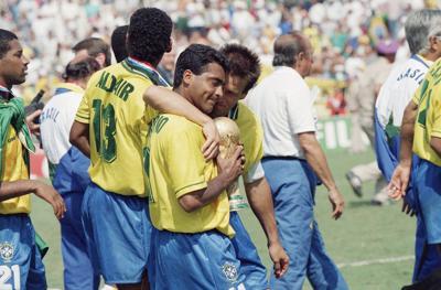 Romário de Souza Faria, Carlos Caetano Bledorn Verri